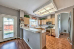 1609 Eastmont 10 kitchen