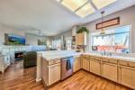 1609 Eastmont 11 kitchen2