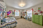 3699 LakeView bed2