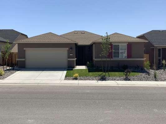 1106 Lahontan Dr, Carson City